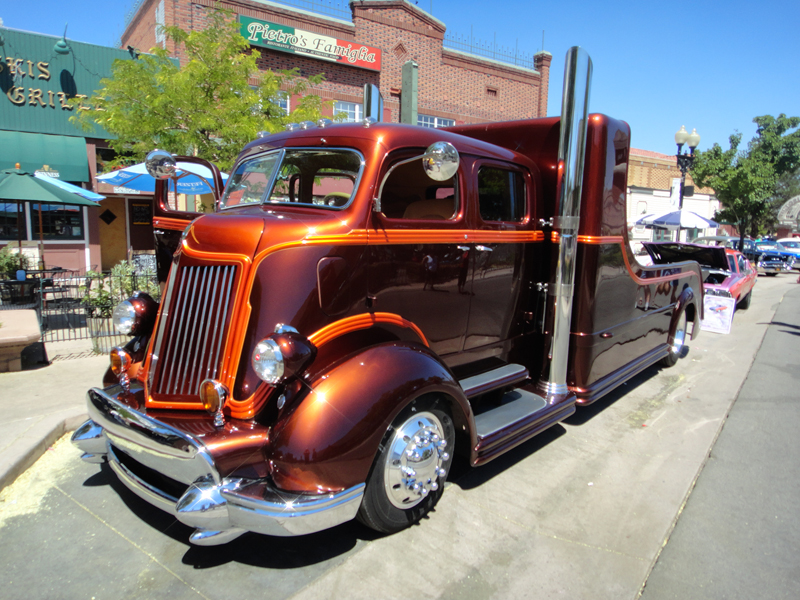 Cars And Cruisers Reno Hot August Nights Memories Car Guy DVDs - Hot august nights car show reno nevada